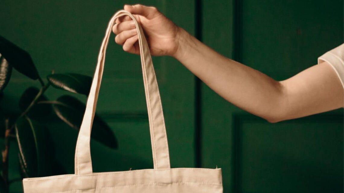 Baumwolltaschen können als Werbung bedruckt werden