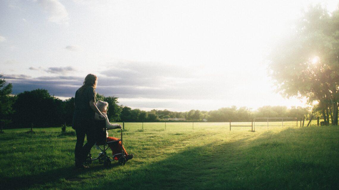 Traumjob Pfleger: Diese Ausbildungen gibt es